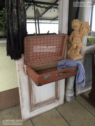 Provence előszobafal, fogas Bőröndös.