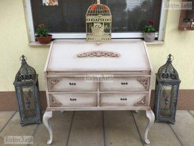 Provence bútor, antikolt komód, bűró, íróasztal.
