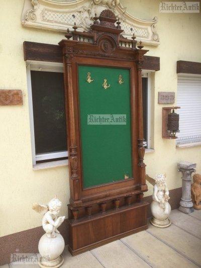 Antik bútor, Ónémet fogas, álló tükör.