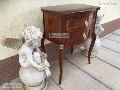 Antik bútor, Biedermeier intarziás fiókos kisasztal.