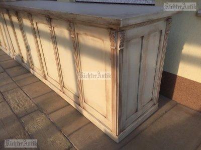 Provence bútor, antikolt Ónémet eladó pult, nagyméretű.