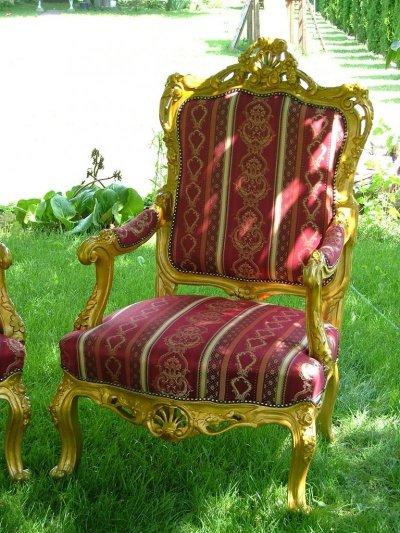 Rokokó fotelek kárpitozása, restaurálása