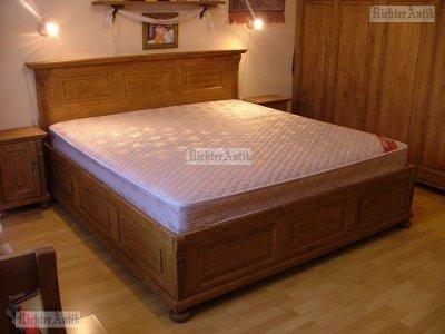 Ónémet fenyő francia ágy.