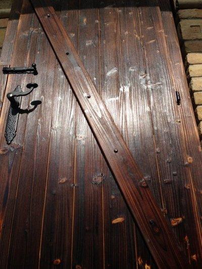 Antikolt ajtók, rusztikus nyílászárók gyártása.