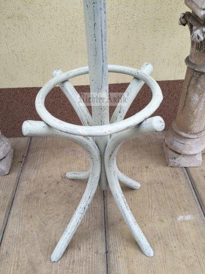 Provence bútor, antikolt fehér thonet fogas 02.
