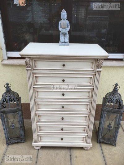 Provence bútor, Ónémet antikolt smizett, komód.