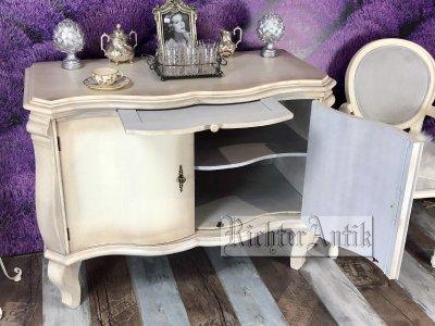 Vintage antikolt tálaló szekrény 08.