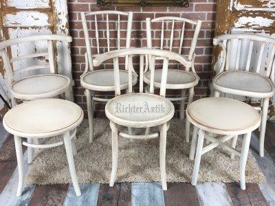 Provence bútor, vintage antikolt székek.