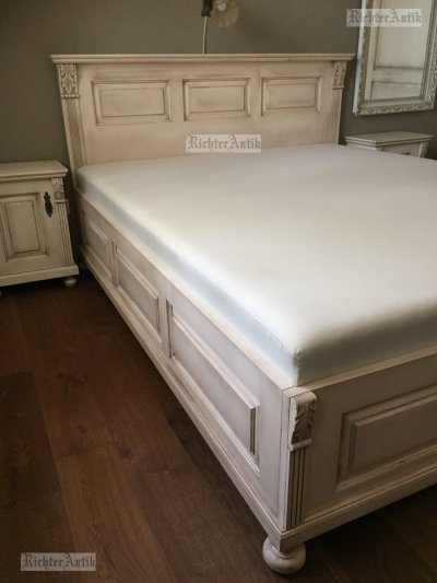 Provence antikolt Ónémet francia ágy.